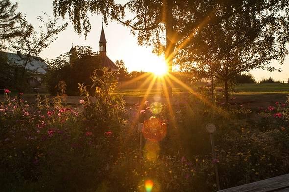 Západ slunce ve Vlčí Hoře - přírodní kosmetika Nobilis Tilia